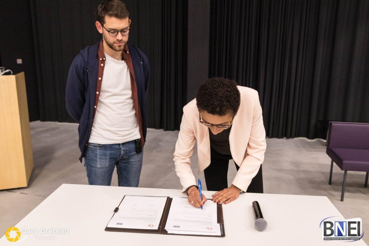 Signature d'une nouvelle convention BNEI-CTI à l'occasion du congrès des 20 ans du BNEI